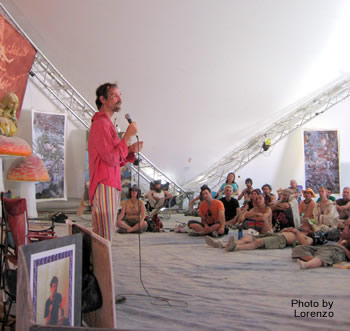 Dale Pendell delivering his 2006 Palenque Norte Lecture at the Burning Man Festival