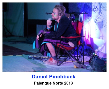 Daniel Pi9nchbeck speaking at Palenque Norte