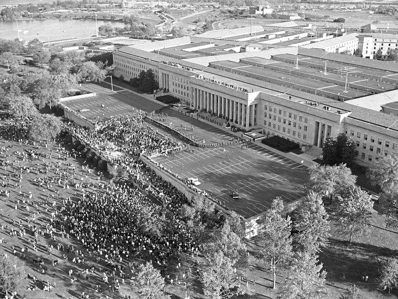 April 1971 attempt to levitate the Pentagon